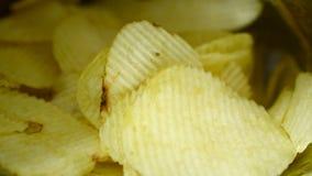 薯片是在袋子立即可食和肥胖食物或垃圾食品的快餐 ?? 股票录像