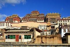 藏传佛教寺庙, Songzanlin喇嘛寺院,云南的中国 库存图片