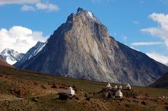 藏语ladakh的stupas 免版税库存照片