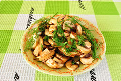 蘑菇沙拉 免版税库存照片