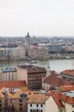 虫边和多瑙河都市风景在布达佩斯 库存图片