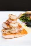 虾和三文鱼 免版税库存图片