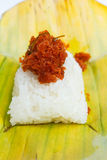 虾和细片椰子在黏米饭。 库存图片