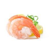 虾尾巴用新鲜的柠檬 免版税库存照片