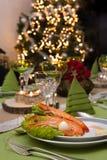 虾开胃菜和圣诞树 库存照片