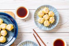虾汉语蒸的饺子 库存图片