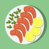 虾用柠檬和草本在白色板材,顶视图 海鲜 在平的样式的传染媒介例证 免版税图库摄影