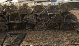 虾笼连续在木瓦海滩 库存照片