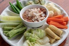 虾辣味番茄酱和泰国菜 库存图片