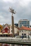 虾雕塑阿诺德Hukeland在斯塔万格港口,挪威 库存图片