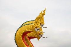 蛇纳卡人雕象的国王或国王, 免版税图库摄影