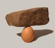 蛋岩石 免版税图库摄影