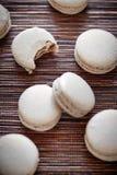 蛋白甜饼曲奇饼堆  库存图片