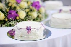 蛋糕可口婚礼白色 免版税库存图片