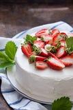蛋糕可口草莓 库存图片