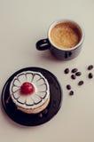 蛋糕和咖啡 免版税库存照片