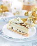 蛋糕圣诞节碎杏仁制成的饼 免版税图库摄影