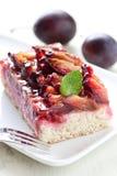 蛋糕新鲜的李子 免版税图库摄影