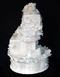 蛋糕有排列的婚礼 免版税库存照片