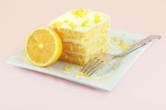 蛋糕柠檬 免版税库存图片