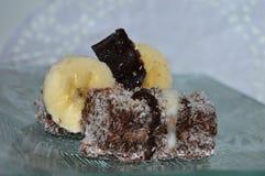 蛋糕用椰子和香蕉 免版税库存照片
