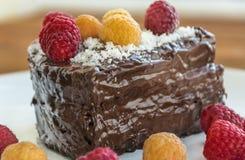 蛋糕用莓 库存照片