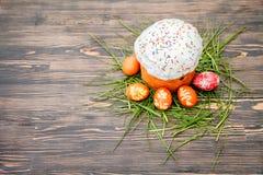 蛋糕色的复活节彩蛋 库存照片