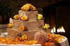蛋糕花梢婚礼 免版税库存照片