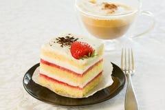 蛋糕草莓 库存照片