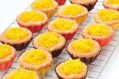 蛋糕蛋金线程数卵黄质 库存照片