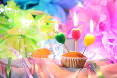 蛋糕蜡烛庆祝 库存图片