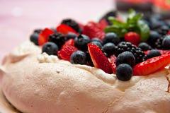 蛋糕pavlova 库存照片