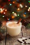 蛋黄乳传统圣诞节假日鸡蛋,香草 免版税库存图片
