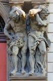 蛤蜊加利亚斯宫殿1713-1719,atlantes,布拉格,捷克 库存图片