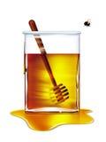 蜂去的蜂蜜罐 免版税库存照片
