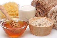 蜂蜜牛奶燕麦粥温泉 库存照片