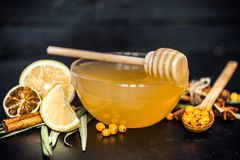 蜂蜜的构成用柠檬 库存图片
