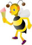 蜂蜜蜂享受冰淇凌乐趣  免版税库存照片