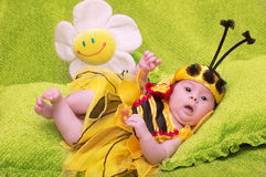 蜂蜜蜂婴孩 免版税库存图片