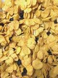 蜂蜜谷物用葡萄干和杏仁 免版税库存图片