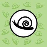 蜗牛象标志和标志在绿色背景 库存图片