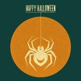 蜘蛛在月亮万圣夜爬行 免版税库存照片