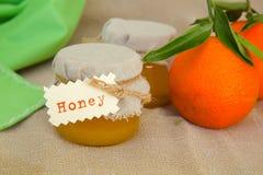 蜜桔开花蜂蜜 库存照片