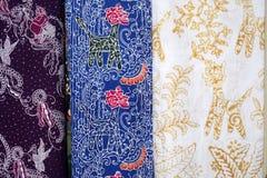 蜡染布织品样式形式三宝垄,印度尼西亚 库存图片