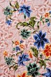 蜡染布,印度尼西亚蜡染布样式,印度尼西亚蜡染布布裙,主题蜡染布布料 库存照片