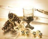 蜡烛圣诞节葡萄酒 免版税库存图片