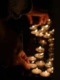 蜡烛在教会2里 库存图片