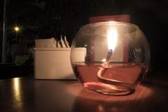 蜡烛在餐馆 免版税库存照片