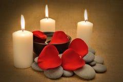 蜡烛对象温泉 免版税图库摄影