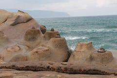 蜡烛形状岩石Yehliu Geopark 免版税库存照片